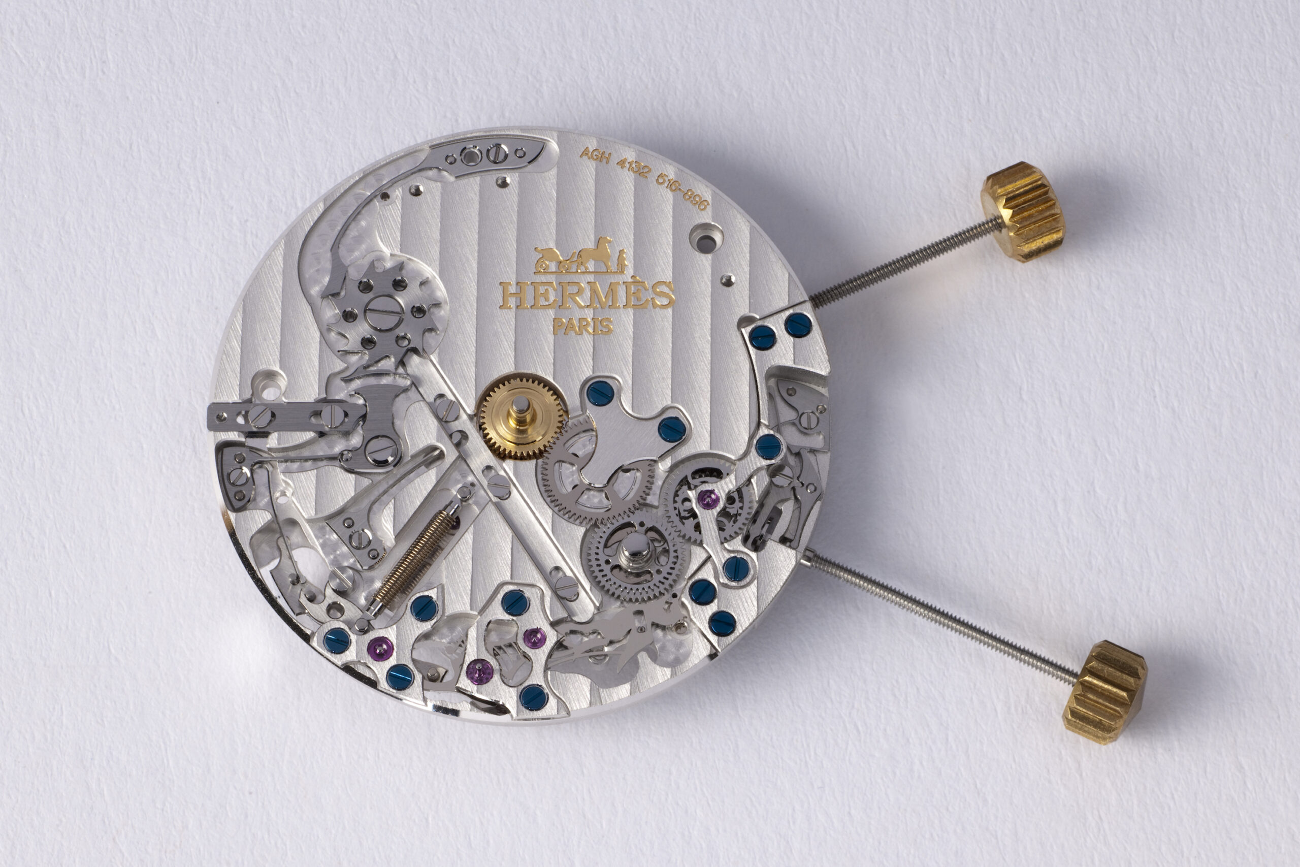Manufacture Hermès H1912 movement (VAUCHER base calibre and a module developed by AGENHOR SA in Geneva)