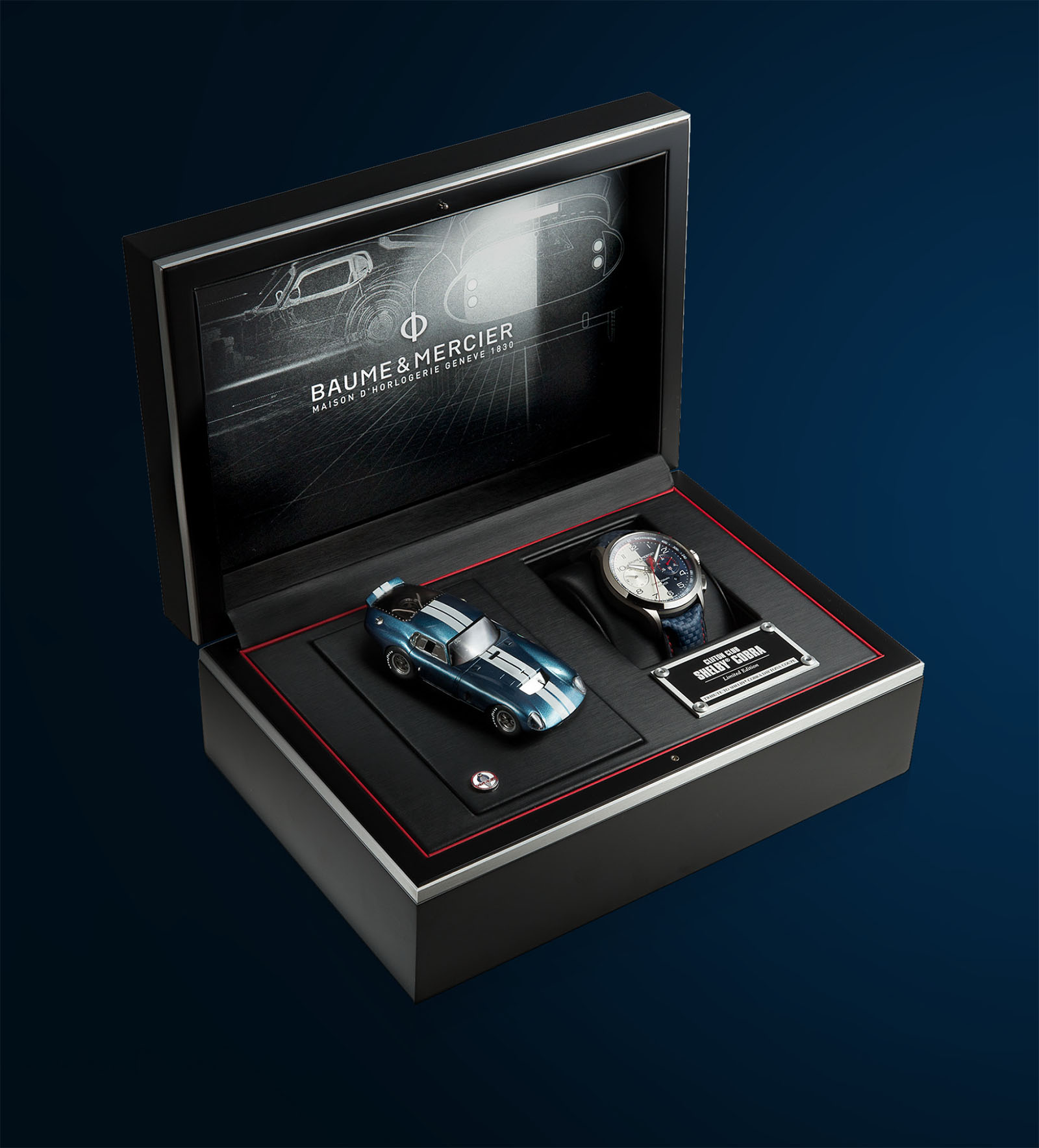 The Clifton Club Shelby Cobra arrives to its owner in elegant black and silver packaging, and includes an 1:43 scale model prized by collectors of the Shelby Cobra Daytona Coupe with an original card signed by Peter Brock