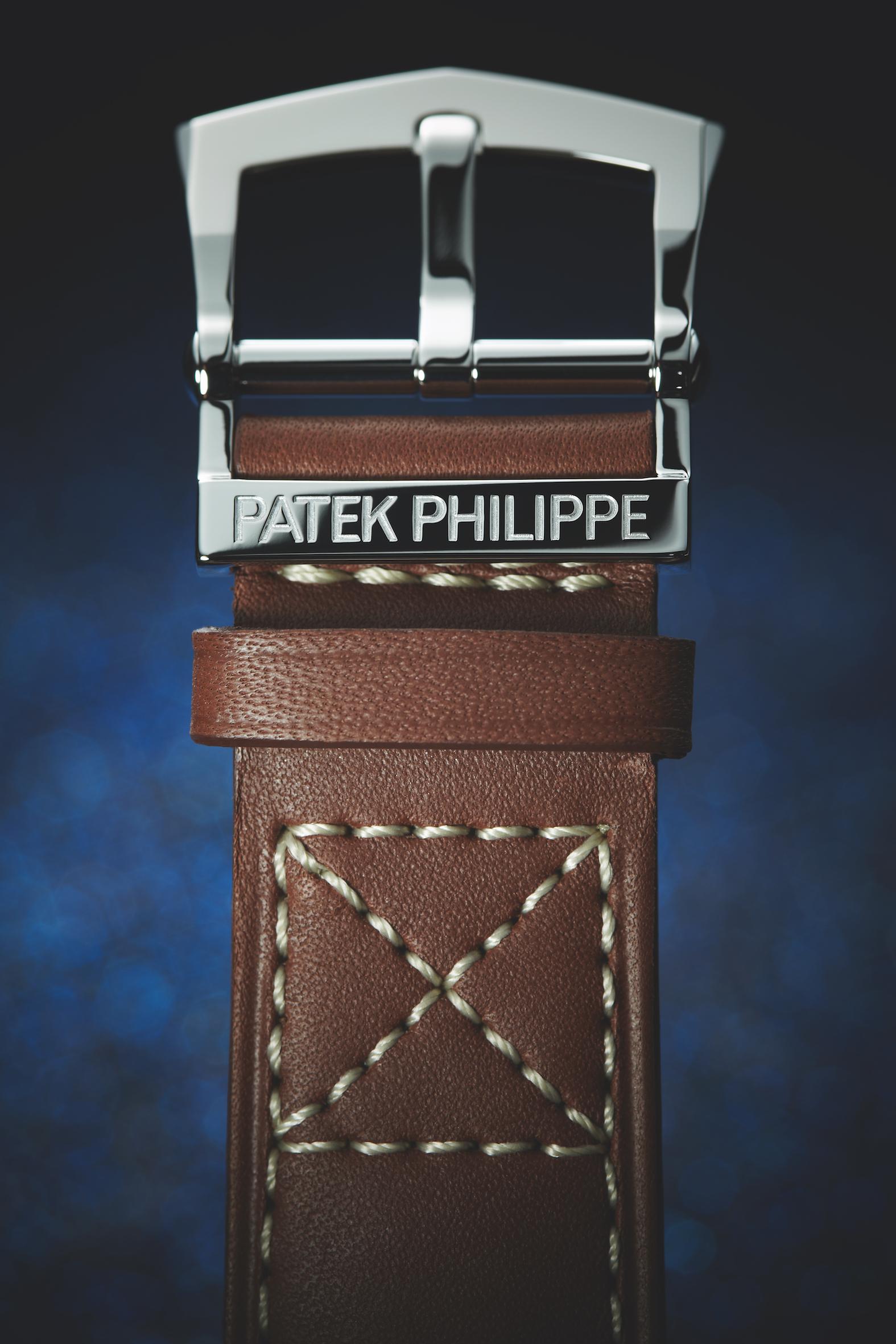 Patek Philippe Men's Calatrava Pilot wristwatch Ref. 5522 New York 2017 Special Edition