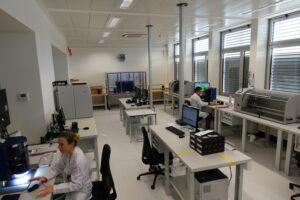 The new Omega laboratory to fulfill the METAS requirements