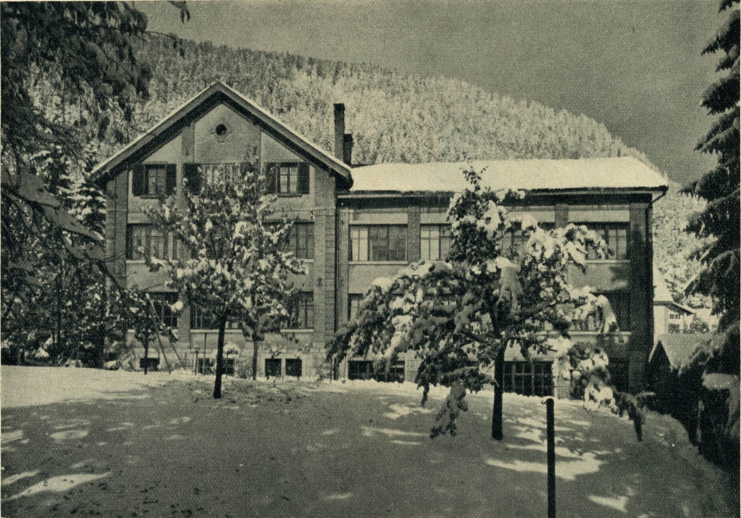 Heuer in St. Imier / Switzerland 1964 - 1999 (Leonidas Watch Factory)